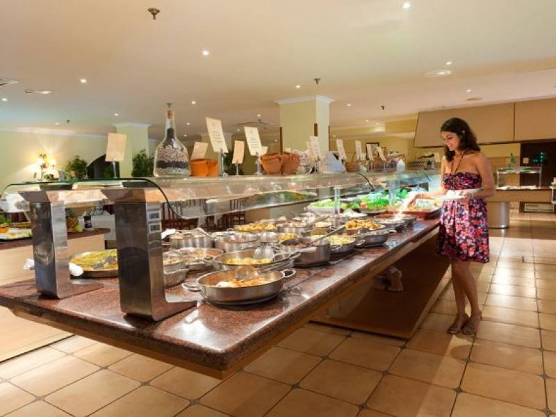 Buffet restaurant at Hotel Paradise Park